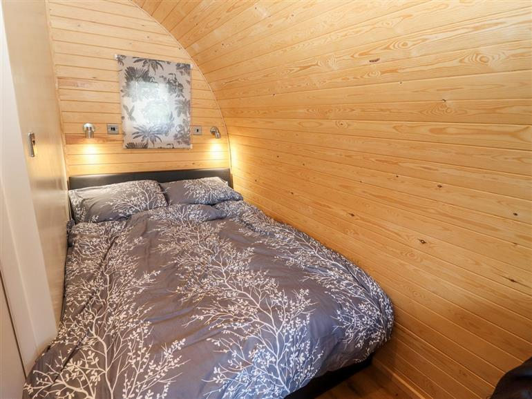 This is a bedroom at Goose Pod in Clifton Upon Teme