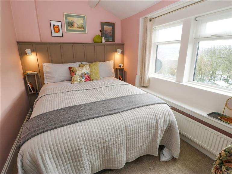 This is a bedroom at Townend Cottage in Haworth