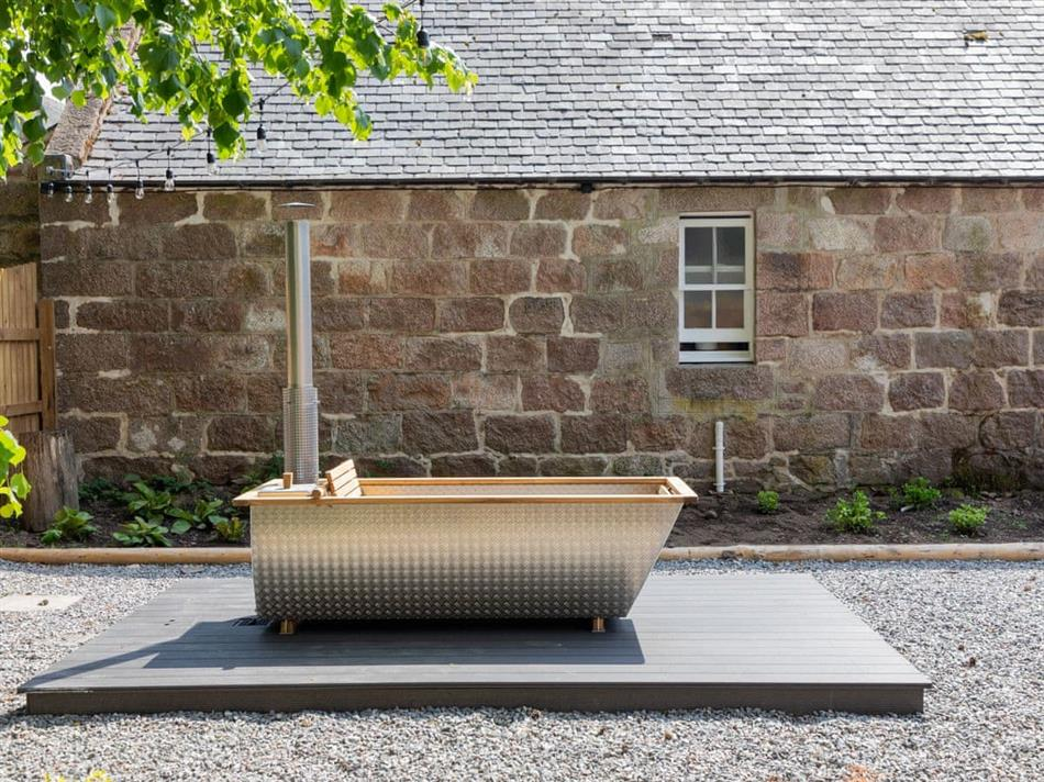 Hot tub at The Bothy, Banchory