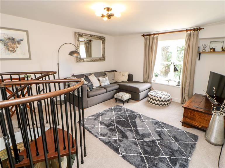 This is the living room at 17 Millgate in Richmond
