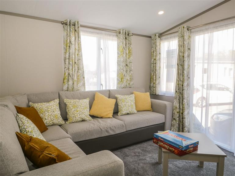 The living room at Discovery Lodge in Brigham near Great Broughton