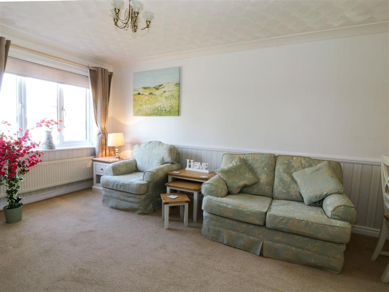 Living room in Breydon Cottage, Great Yarmouth