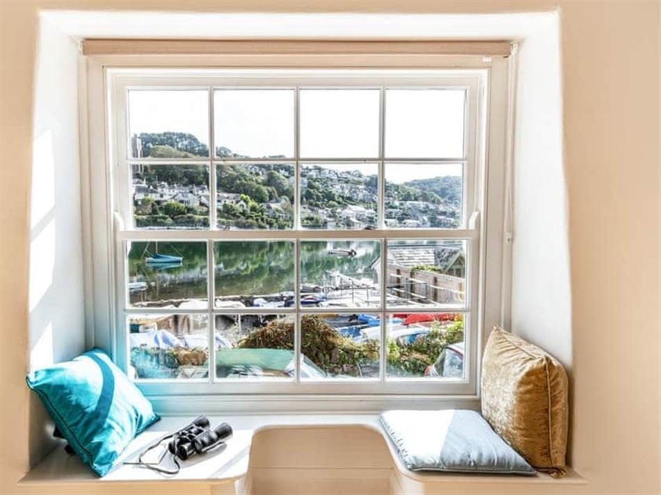 Living room in Brook Bakery, Newton Ferrers