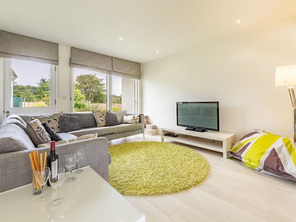 Living room in Cottage 7,