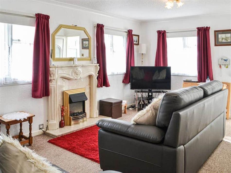 Living room in Enjoy Your Stay Cottage, Bridlington