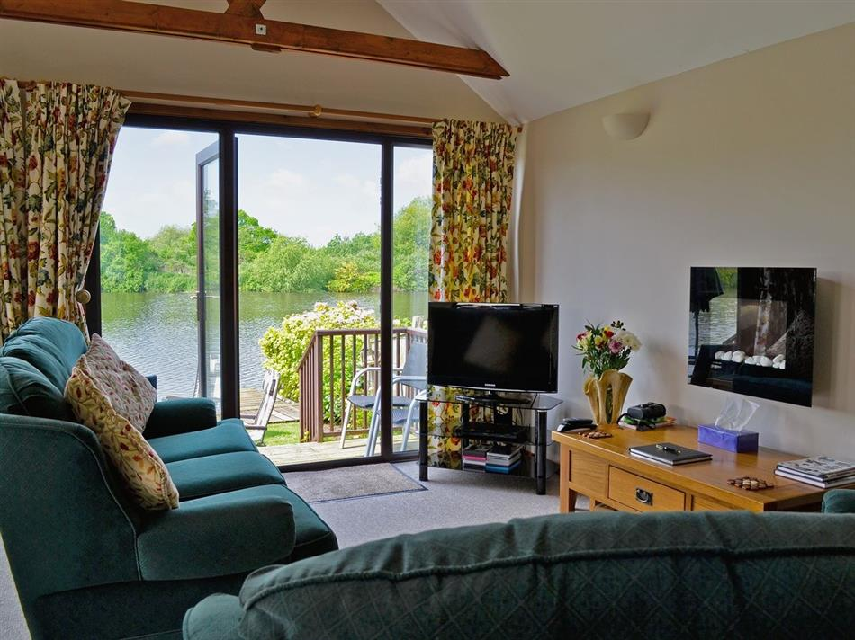 Living room in Heron's View, Brundall