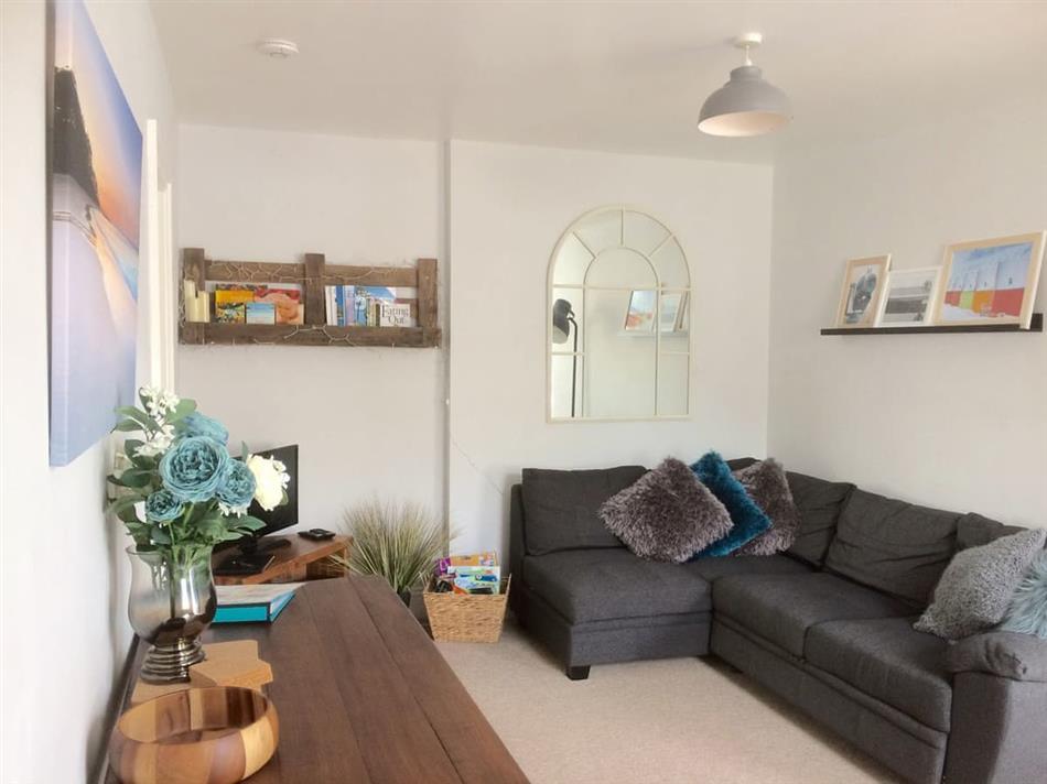 Living room in Tamarisk, Torquay