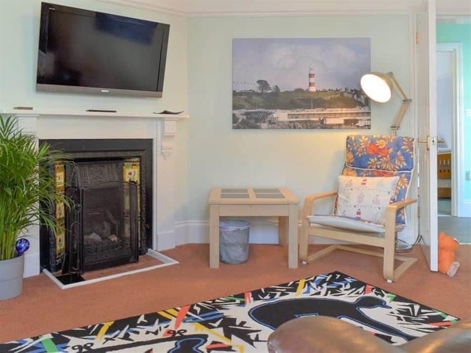Living room in Upper Deck, Oreston