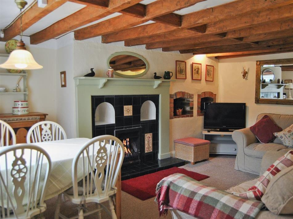 Living room in Woodcarvers Cottage, Wellow, Nr Yarmouth, Isle of Wight