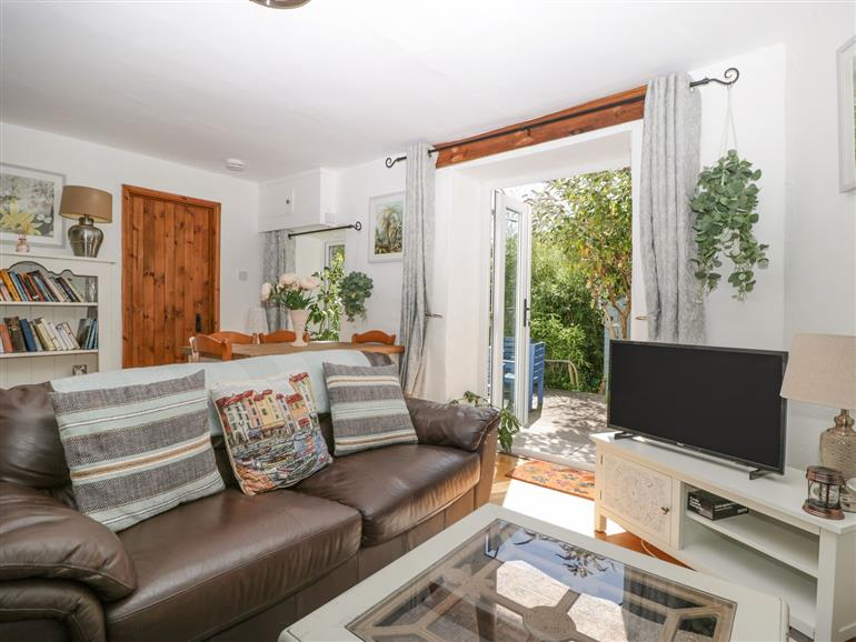 This is the living room at Mackerel Cottage in Budleigh Salterton