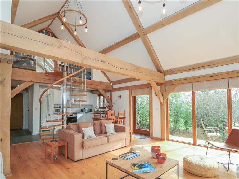 The living room at Oak Barn @ The Rookery in Buckland-tout-Saints near Kingsbridge