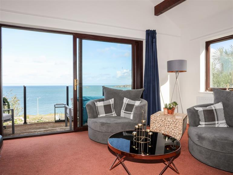 This is the living room at Ser a Mor (Stars and Sea) in Bull Bay near Amlwch