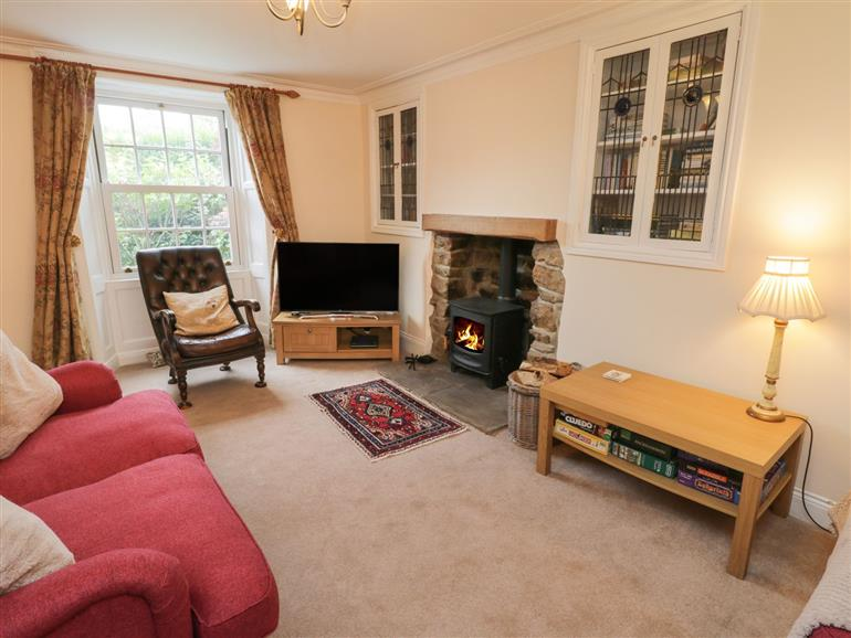 The living room at Springfield Cottage in Castleton