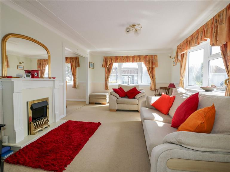 This is the living room at Summer Breeze in Tregolds near St Merryn