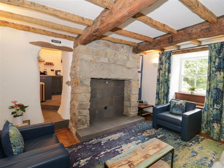 The living room at Tyn Y Graig in Moelfre