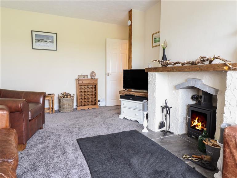 The living room at Ty'r Graig in Llanbedr
